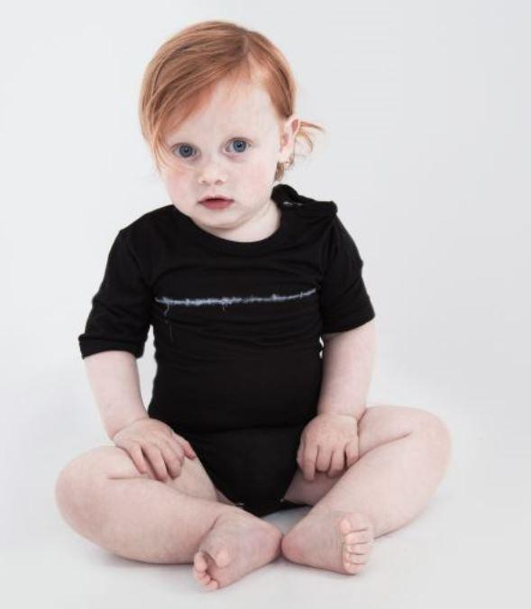 קולקציית התינוקות החדשנית תוצרת כחול לבן של רימה רומנו. צילום: ז'אן כהן