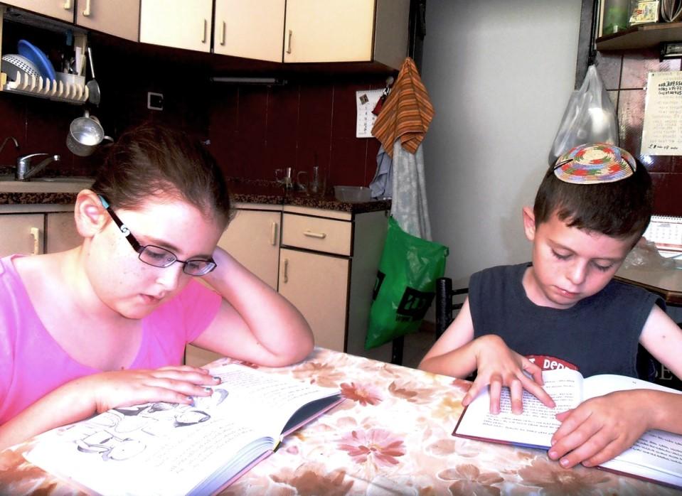 כשמתילים מוקדם יש סיכוי שהילדים ימשיכו לקרוא גם בגיל בית ספר
