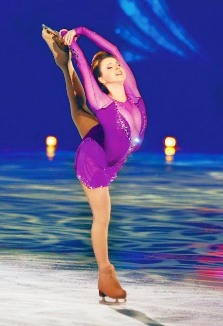 """מופע """"קרח הזהב"""" בהיכל ספורט טוטו ספורט בחולון ב-10 במרץ"""
