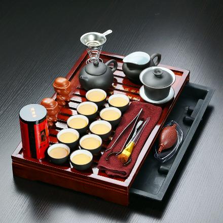 מערכת דרגון להגשת תה נוסח סין כולל שולחן כפול. צ'יינה באי