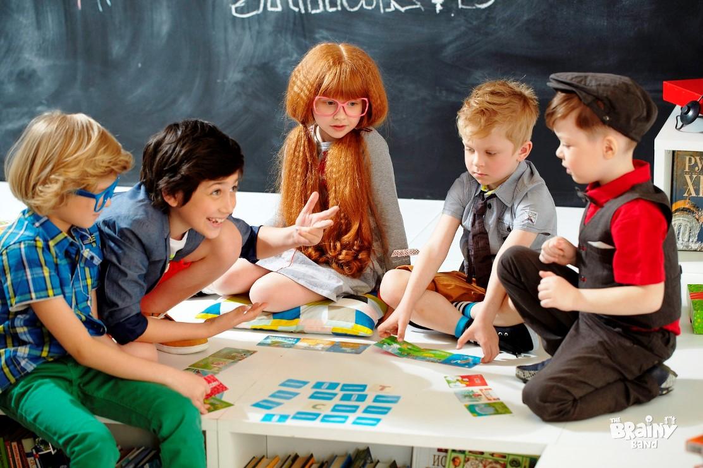 """""""חכמטיקה"""". תוך כדי משחק לומדים מתימטיקה וגם לומדים לא לפחד ממנה"""